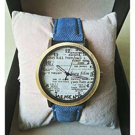 DENIM Newspaper Jeans Strap Watch For Men Women Leather quartz clock W