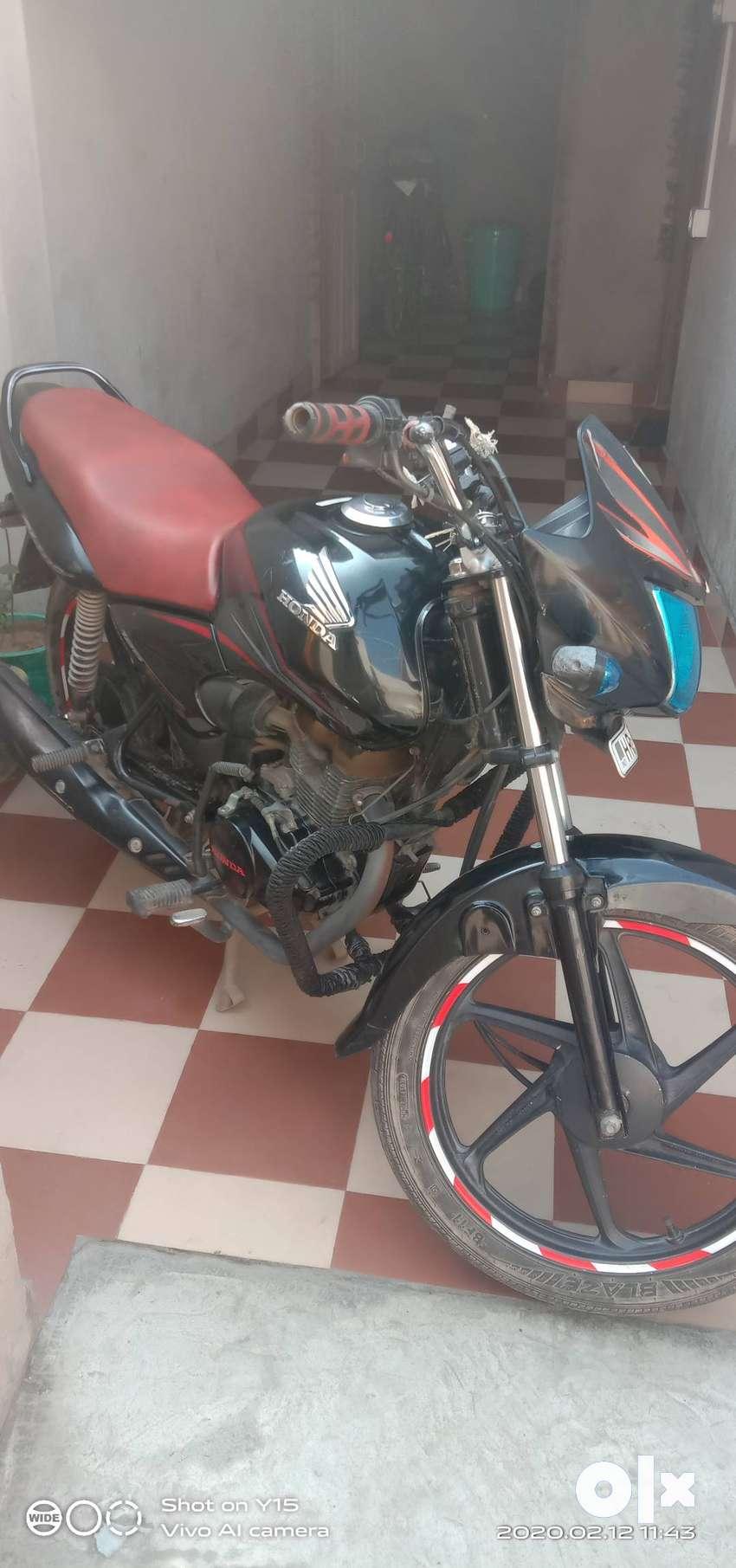 Bike ki good condition h Bhai.. engine bhi  Naya karvaya h iska .. 0