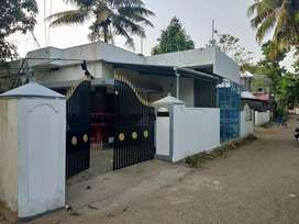 5.5 cent 1000 sqft 3 bhk house for sale at aluva near panayikulam