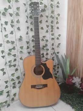 Dijual gitar akustik masih bagus Rp. 500.000 bisa nego