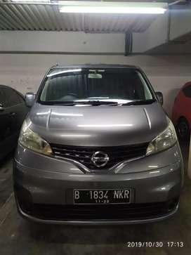 Nissan evalia xv at 2012