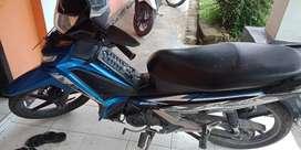 Supra X 125  tangan pertama ban motor tubles depan belakang