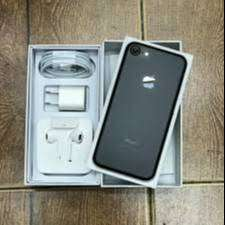 iPhone 7 Refurbished Mobile with 6 Month warranty
