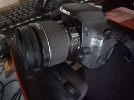 CAMERA DSLR CANON EOS600D