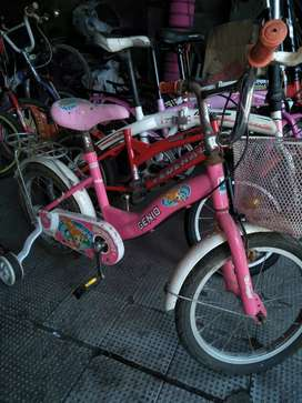 sepeda anak wanita