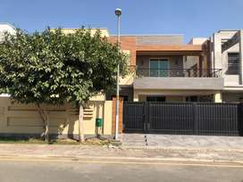 Owner Built 1 Kanal House for Sale in Bahria Town