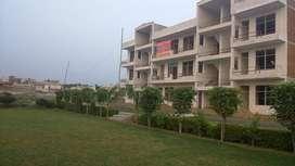 park facing 2 room flat at ganga nagar