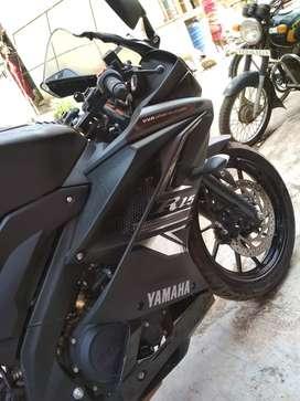 Yamaha R15 V3 ( MATTE BLACK SP EDITION)