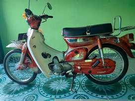 JUAL CEPAT KARNA BUTUH CEPAT. Honda C70 Surat Lengkap