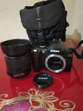 Di jual kamera dslr Nikon D40 18-55mm