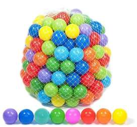Swimming pool ball 100 pack
