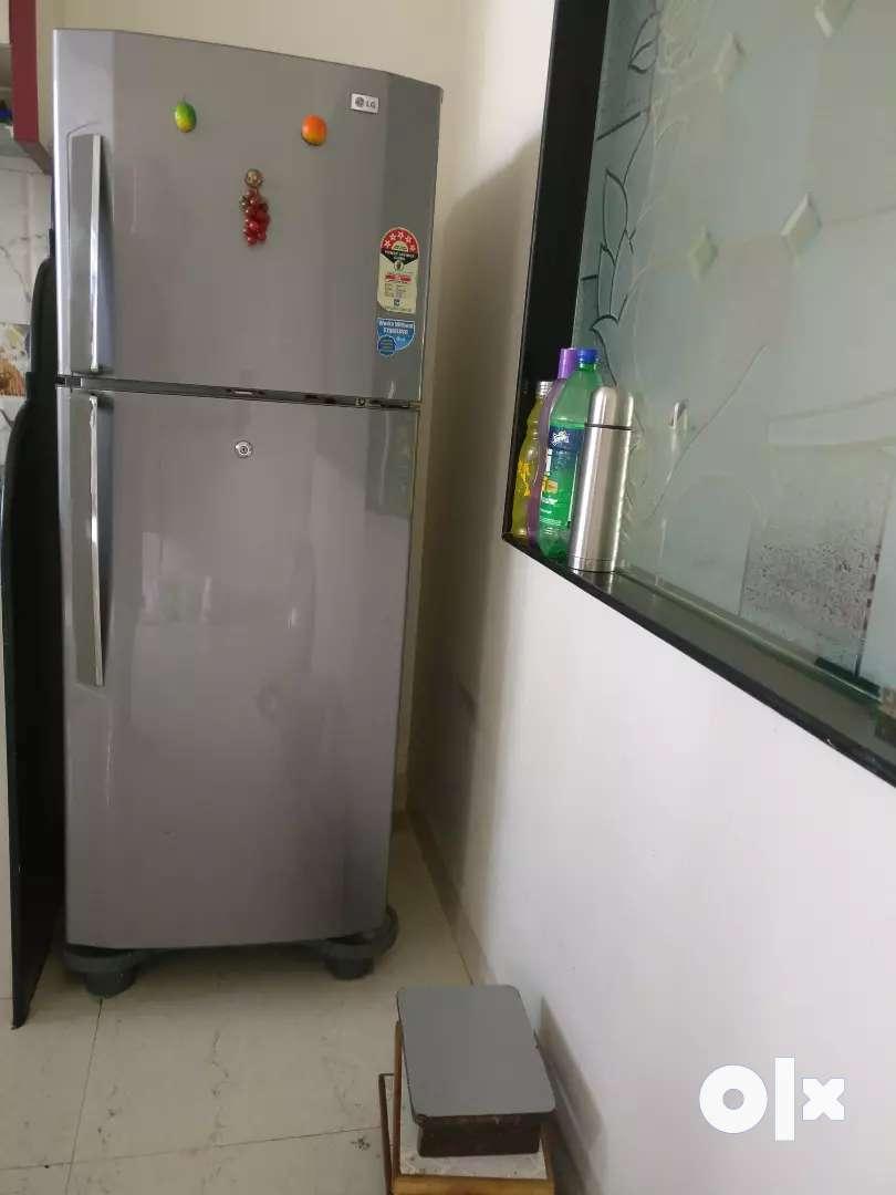 LG double door refrigerator 0