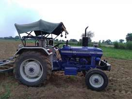 Farmtrac 45 supermaxx in gud condition  frunt new tyer 2013 modal
