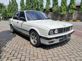 BMW E30 M40 318i Tahun 1991 Alpine White Istimewa Siap Pakai
