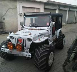 White paint angry bird jeep