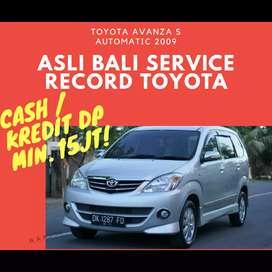 Toyota Avanza S Matic Istimewa Terawat & Siap Pakai