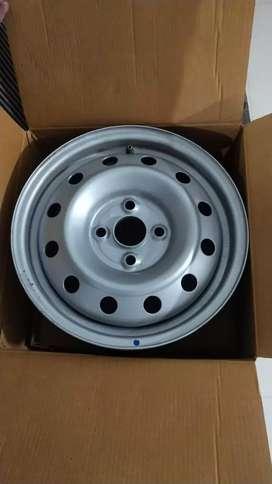 Maruti Suzuki Swift brand new wheel plates