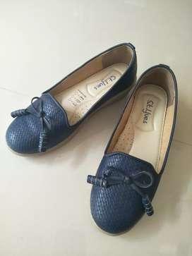 Sepatu St Yves Wanita