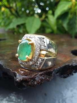 Cincin Batu Natural Emerald / Zamrud kode 04