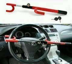 kunci stir dan kunci cagak pengaman mobil