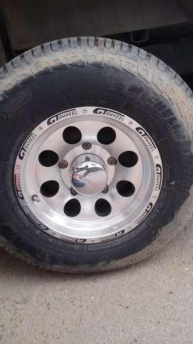 Rim or tyre new bolero camper alloy wheels contact