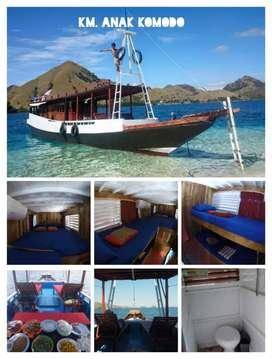 Kapal Wisata Komodo