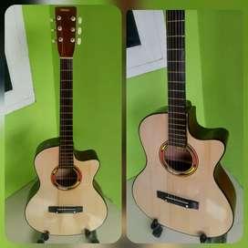 Gitar akustik yamaha cream