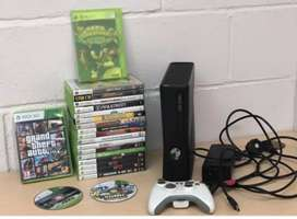 Microsoft Xbox 360 Console in mint Condition available for sale