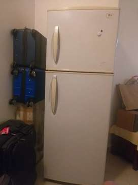LG Fridge for sale in good working condition