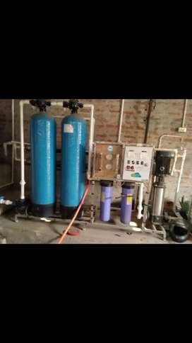 R.o water plant and water pouch packing machine