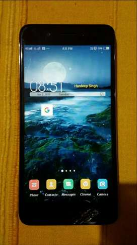 Vivo y55s in smoothly working condition just screen in cracked.