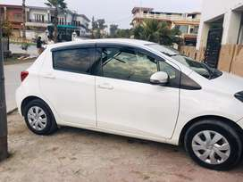 Toyota Vitz Intrested People Contact wd me no Chaska Party