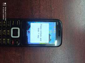 Micromax X264 mobile good working condition with charger
