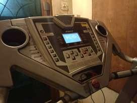 Hb fitness treadmill