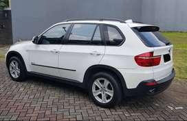 BMW X5 30i Putih Istimewa