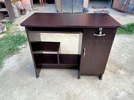 Unused wooden new study table 36*18 available in lowest price