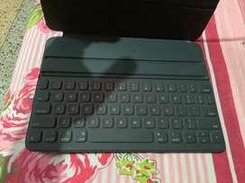 Original IPAD PRO 11 inch Smart Folio Keyboard