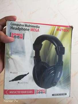 Intex Headphones @ 400 little negotiable
