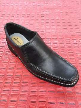 Handmade pure leather shoes