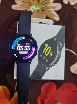 Urgent  Sell**Samsung Galaxy Smart Watch Active 2 Brand New