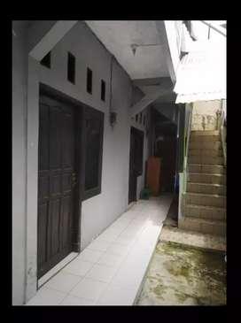 Kontrakan Karangpawitan (dekat Masjid Aljihad/lapangan karangpawitan)