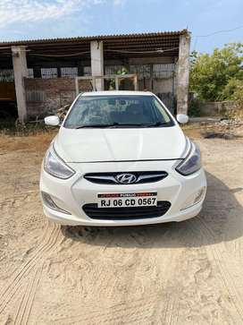 I want to sell hyundai vera top model with alloy wheel