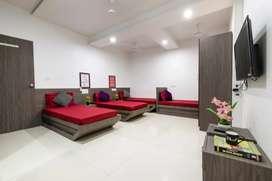 No brokage male pg fully furnished 5000 Charkop Kandivali West