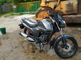 i want to sell my bike . 5 year frist class insurance available