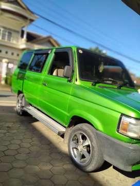 Toyota kijang long 1994