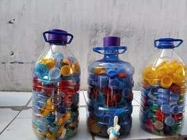 Tutup botol warna warni