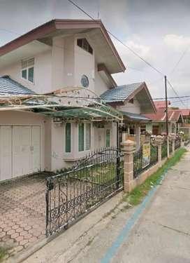 Rumah 2 lantai di Jl Kelapa Sawit