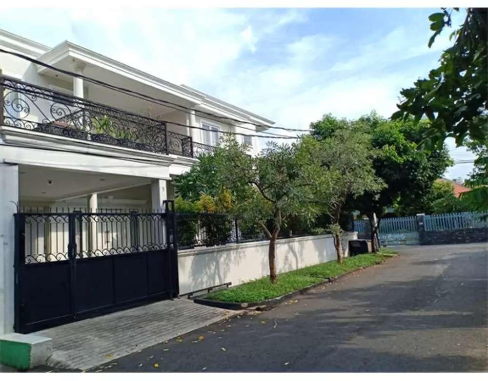rumah dijual hook dalam komplek kelapa dua kebon jeruk jakarta barat