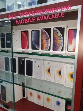 1 year old iPhone se rosegold 16gb. Price fix fix fix.