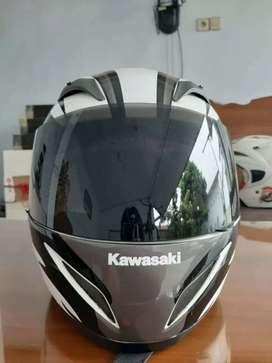 KYT C4 kawasaki